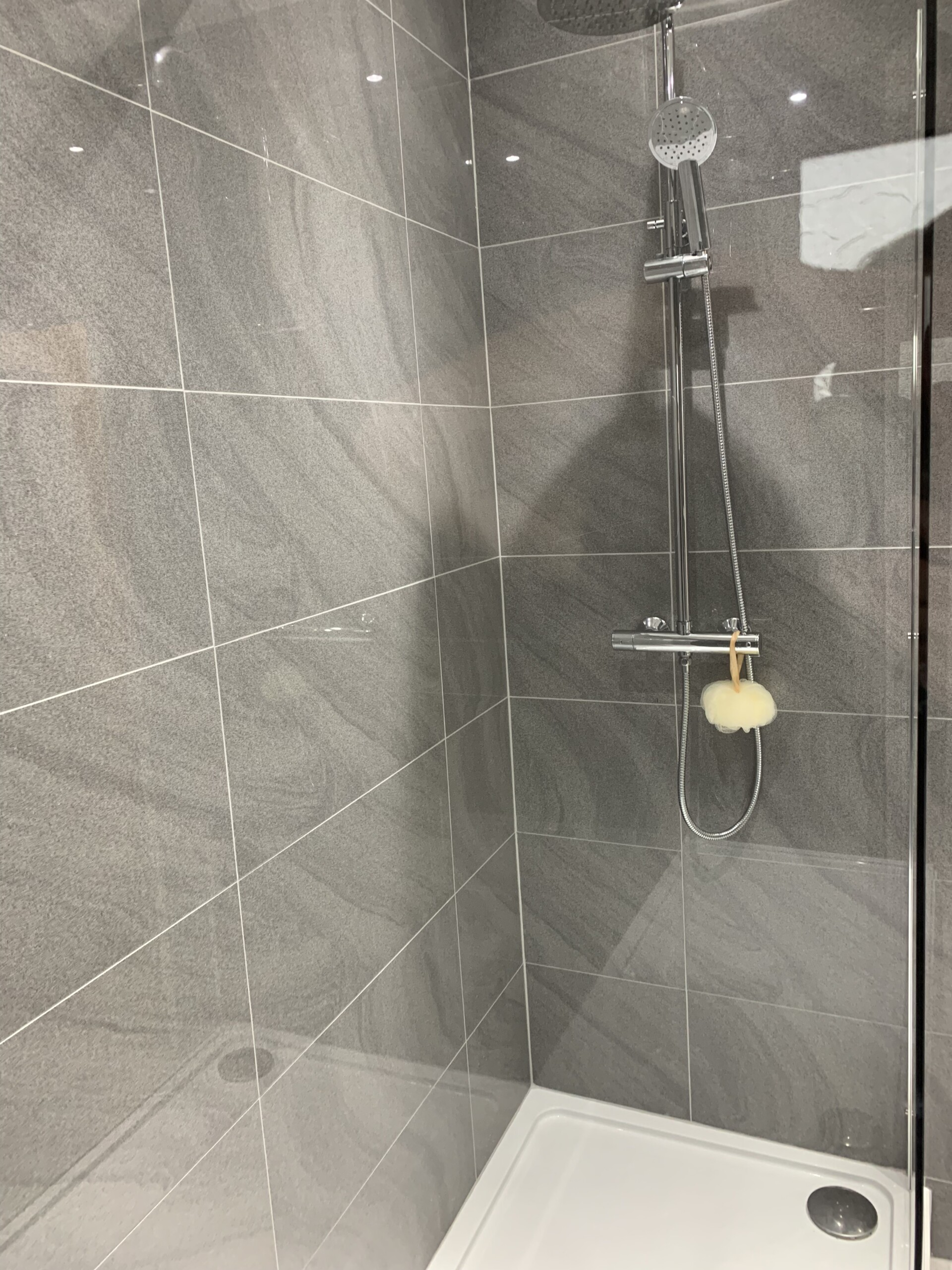 Ferndale Shower enclosure