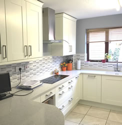 kitchen fitters swindon